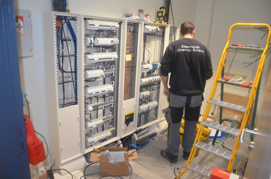 règlements d'installation électrique à l'intérieur des bâtiments